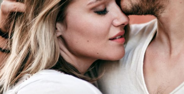 Чому чоловіки хочуть сексу, а жінки любові