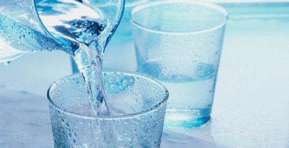 Пити чи не пити: 7 маловідомих фактів про користь теплої води