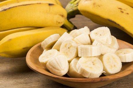Які фрукти можна хворим на гастрит?