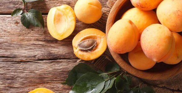 Найкориснішим фруктом медики назвали абрикос
