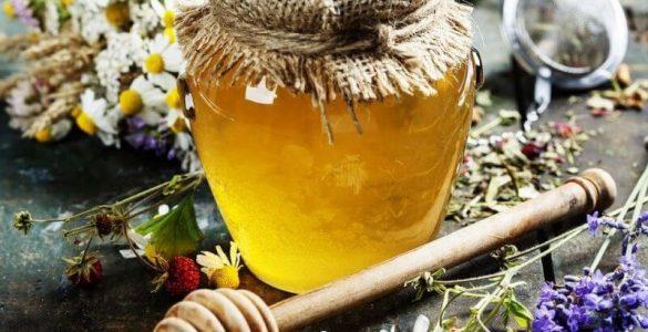 Скільки меду в день можна з'їсти людині, розповіли лікарі