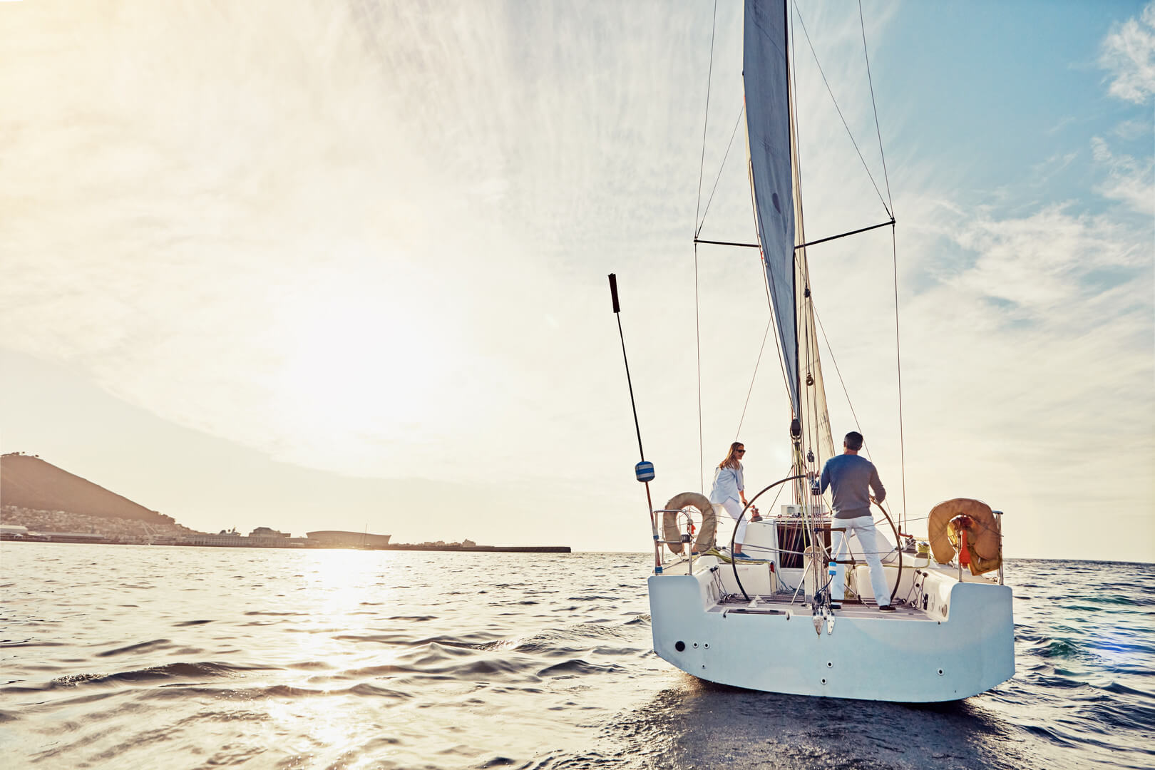 На яхті
