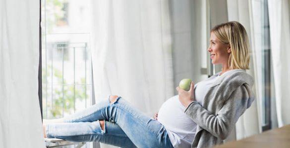 Як харчуватися вагітним: 5 простих, але важливих правил
