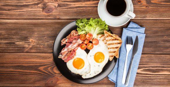 Фахівці назвали три найбільш корисних сніданки