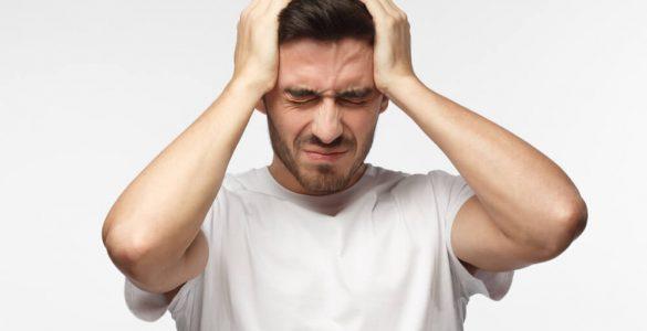 Невролог назвав продукти, які підвищують ризик сильного головного болю