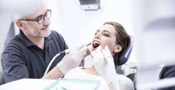Топ питань стоматологу, відповіді на які потрібно знати всім