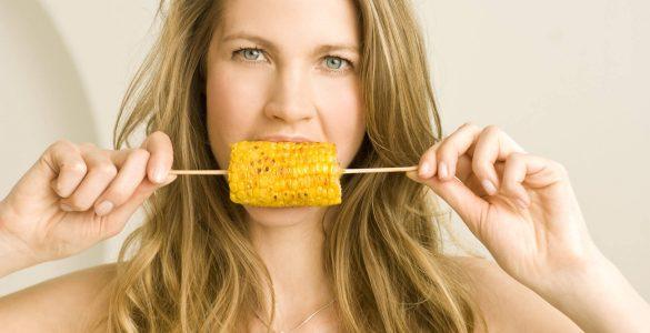 Чи можна схуднути на кукурудзі: думка дієтолога