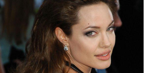 Анджеліна Джолі скоро знову стане мамою