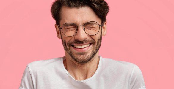 Як зробити зуби білішими: поради стоматолога