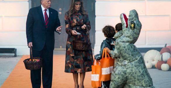 Дональд і Меланія Трамп пожартували над дитиною в костюмі Міньйона