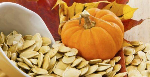 Дієтологиня розповіла про користь і шкоду гарбузового насіння