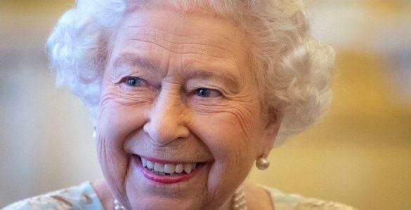 Розкрито секрети макіяжу королеви Єлизавети