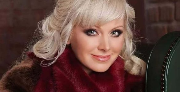 Співачка Наталі повідомила про трагедію в родині: у неї помер батько