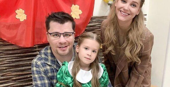 У мережі вибухнув скандал навколо розлучення Асмус і Харламова: комік обматюкав ведучого