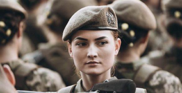 Названо 5 відомих актрис, які служили в армії