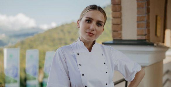 """28-річна зірка серіалу """"Кухня"""" вдруге вагітна"""