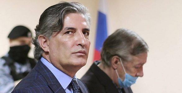 У Пашаєва, який захищав Єфремова в суді, забрали статус адвоката