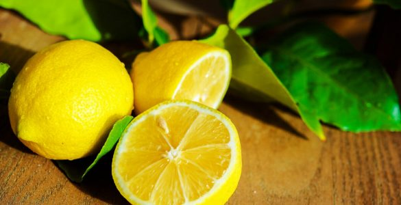Користь лимона: бореться з грибковими інфекціями і корисний для здоров'я серця