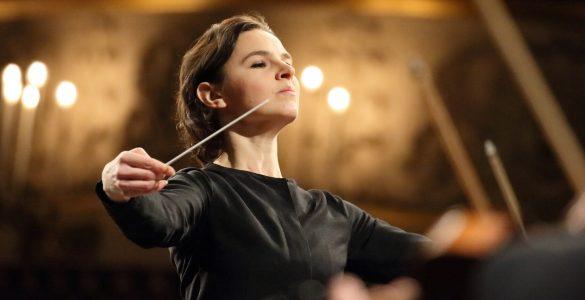 Українка стане першою в історії жінкою-диригенткою престижного оперного фестивалю