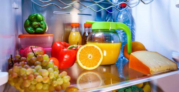 10 найбільш корисних продуктів, які повинні бути холодильнику