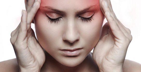 Лікарі розповіли, як запобігти головному болю в холодну погоду