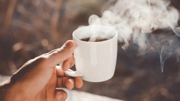 Гарячий чай
