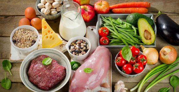 Дієтологи перерахували найбільш шкідливі продукти для шлунка