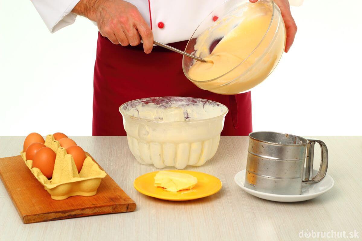 Як приготувати торт з кремом