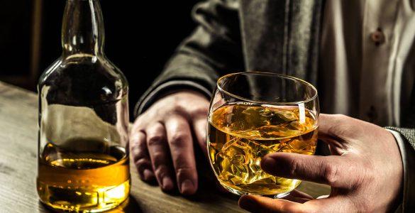 Що алкоголь, прийнятий натщесерце, робить з тілом?