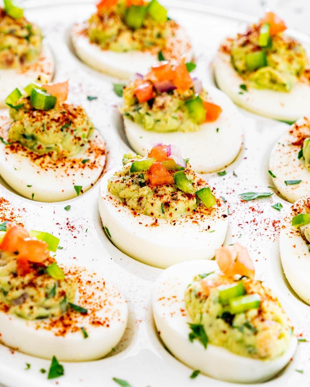 Яйця, фаршировані гуакамоле