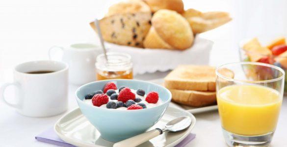 10 продуктів, які не можна їсти на голодний шлунок