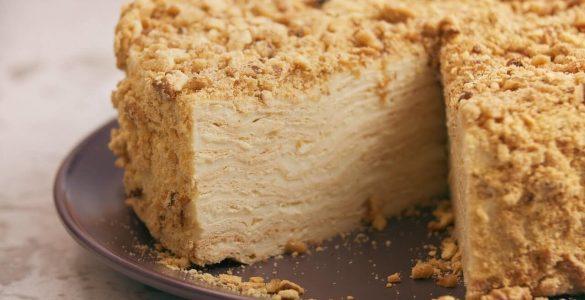 """Як приготувати торт """"Наполеон"""": простий покроковий рецепт"""