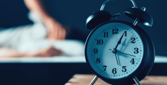 Лікарі розповіли про «головні вороги» здорового сну