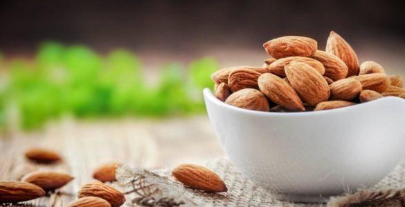 Індійська дієтологиня назвала ідеальні продукти для здоров'я мозку