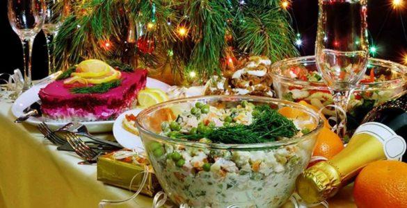 Перераховано прості способи уникнути харчового отруєння в Новий рік