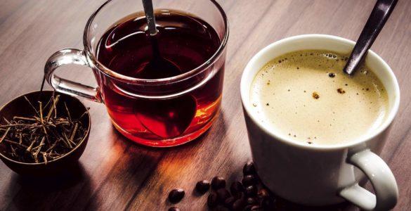 Чай або кава: вчені вибрали кращий ранковий напій