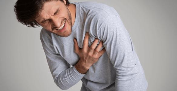 Лікарі розповіли про головні ознаки серцевого нападу