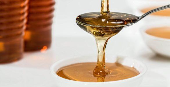 Мед виявився здатний швидко позбавити від кашлю та застуди