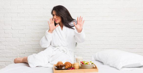 Названо ранкові звички, які можуть скоротити тривалість життя
