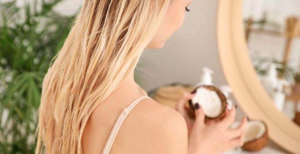 Стилісти дали поради, як мити волосся рідше