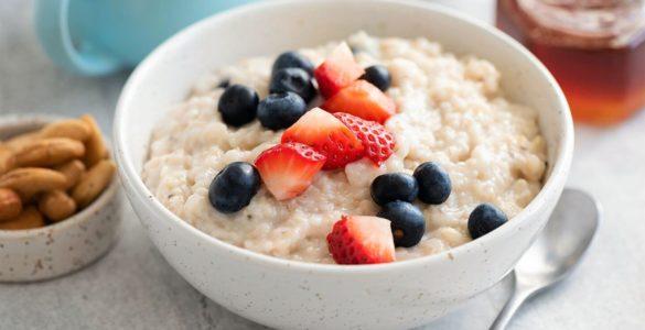 Лікарка назвала ідеальні страви для здорового сніданку