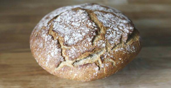 Експерти розповіли про корисні властивості житнього хліба