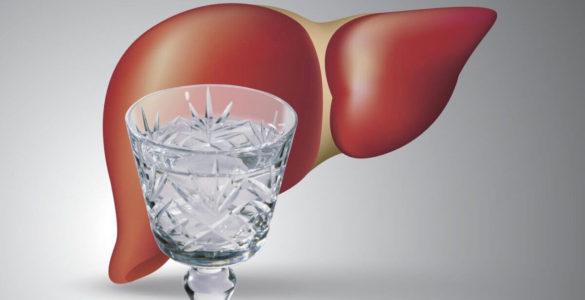 Алкогольне ураження печінки: 3 небезпечні симптоми