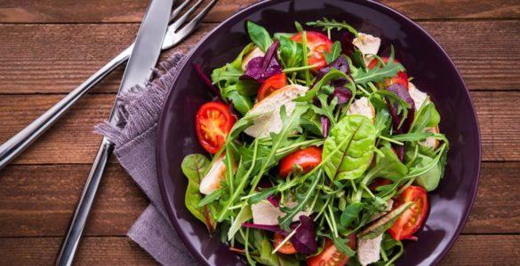 Що не можна їсти на вечерю: п'ять головних помилок, яких варто уникати