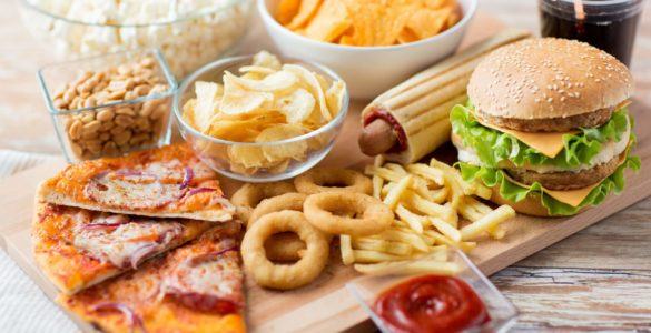 Шкідливий перекус: 5 продуктів, небезпечних для здоров'я