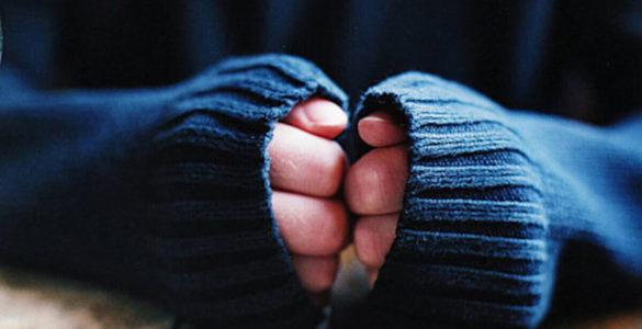 На що вказують холодні руки, пояснив невролог