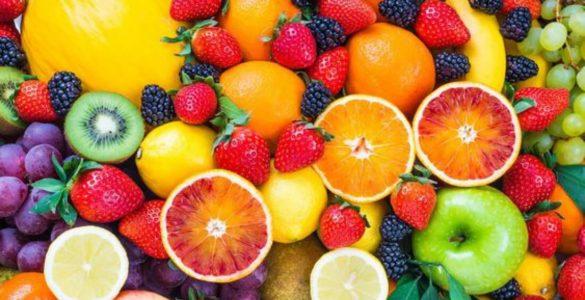 Лікарі назвали фрукти і ягоди, які знижують кров'яний тиск