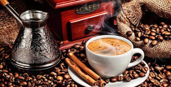 Кращий час для вживання кави назвала дієтологиня