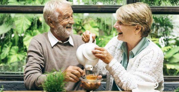 Ключ до довголіття: три кращі чаї, які продовжують життя