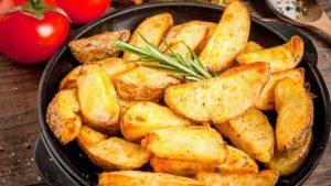 Картопля та помідори
